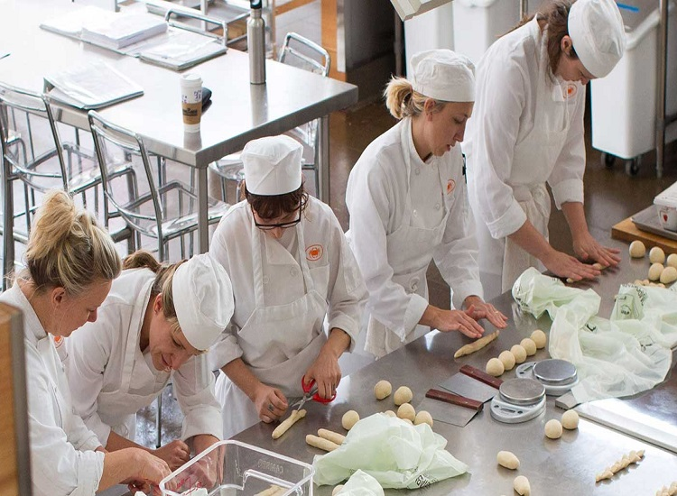 The College of Bread and Cooking Arts for All Students